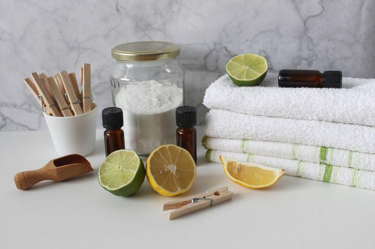 8 TRUCURI de la folosi bicarbonatul de sodiu în rutina ta de frumusețe.
