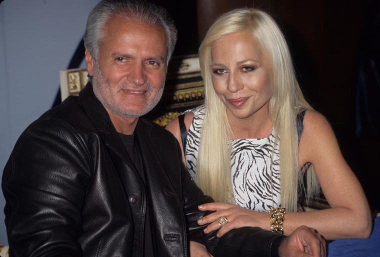 Cine este Donatella Versace