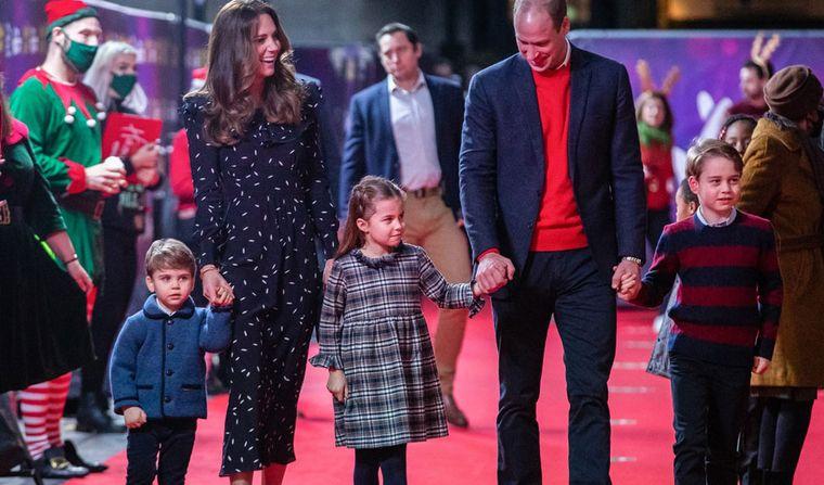 Prințul William și Kate Middleton au împreună trei copii și se pregătesc pentru al patrulea. Ducii de Cambridge își mai doresc o fetiță.
