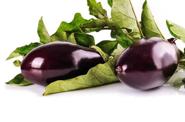 4 rețete de salată de vinete pe care să le încerci