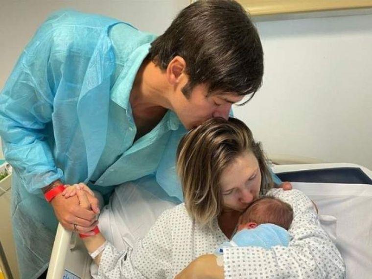 adela popescu al treilea copil