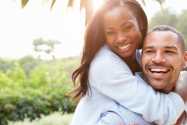 Semne pozitive care arată încă de la început că o relație este pe calea cea bună
