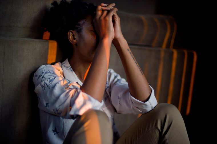 Stresul ingrasa: 4 moduri in care iti afecteaza silueta