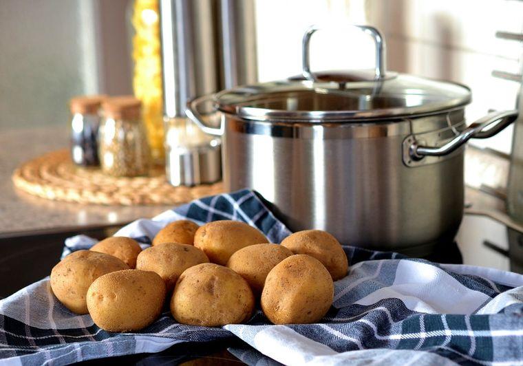 3 rețete rapide și sățioase cu cartofi