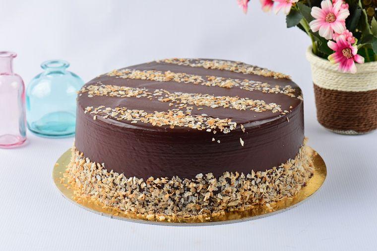 Rețetă de tort Ferrero Rocher. Mod de preparare și ingrediente