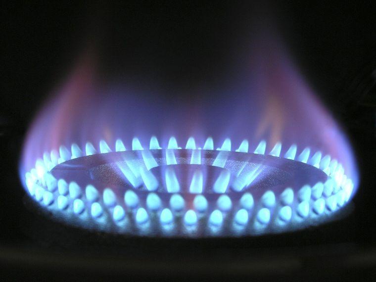 Este oficial! Românii cu venituri mici primesc bani pentru încălzire de la 1 noiembrie