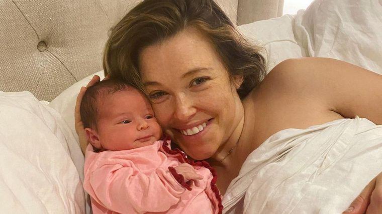 Rachel Platten a devenit mămica unei fetițe perfect sănătoase. Vedeta a născut acasă, în apă