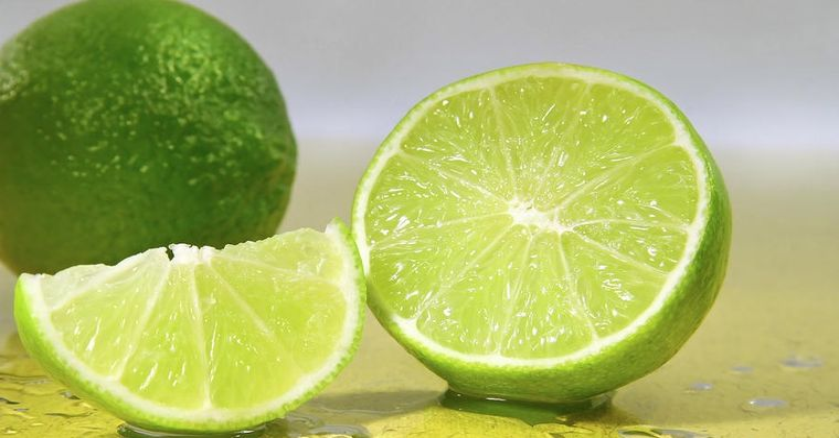 Lime, un fruct cu numeroase beneficii pentru ten! Afla cum te ajuta!