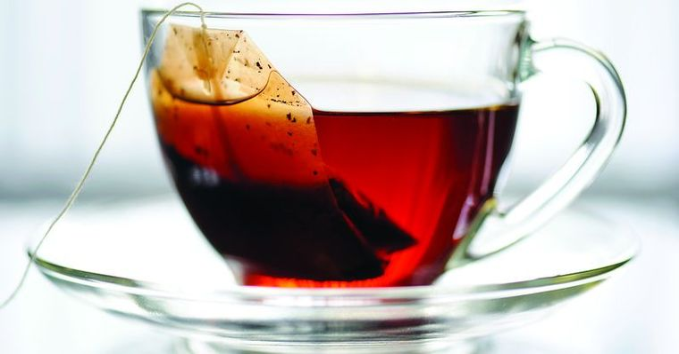 Preferi ceaiul sau cafeaua? Iata care sunt beneficiile pentru sanatate ale celor doua bauturi