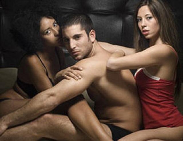 Sexul in trei fara perdea! De ce barbatii il adora, iar femeile il refuza cu desavarsire