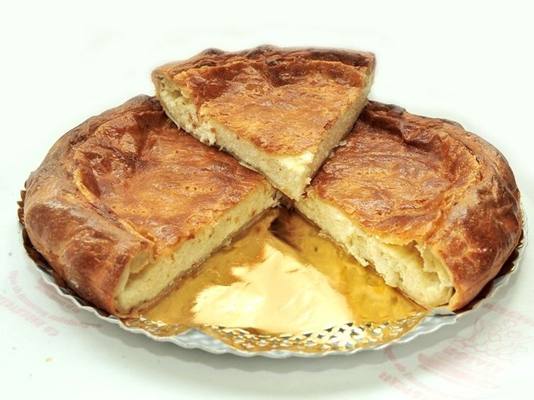 Cum să faci cea mai gustoasă reţetă de plăcintă cu brânză sărată!