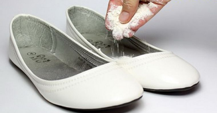 Dupa ce vei citi asta, nu vei mai avea probleme cu mirosul urat al pantofilor