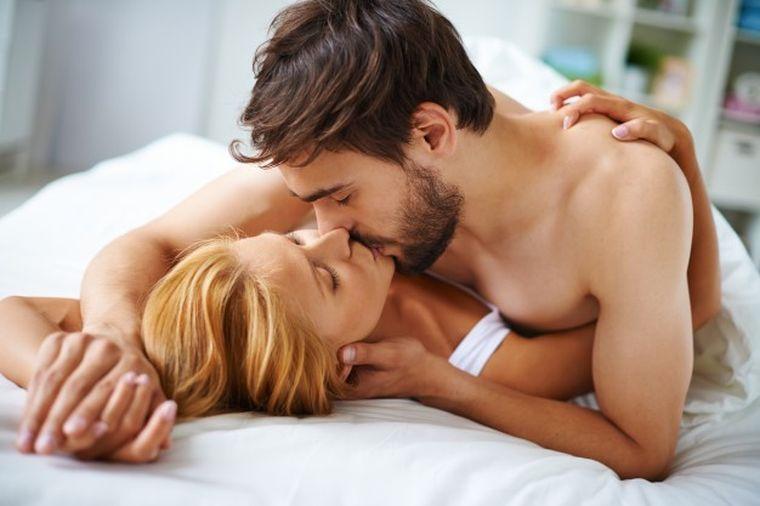 Acesta este noul obicei sexual în rândul tinerelor! Bărbaţii ajung la disperare pentru că femeile fac asta