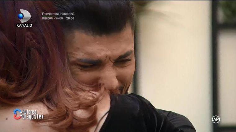Adrian, în lacrimi la