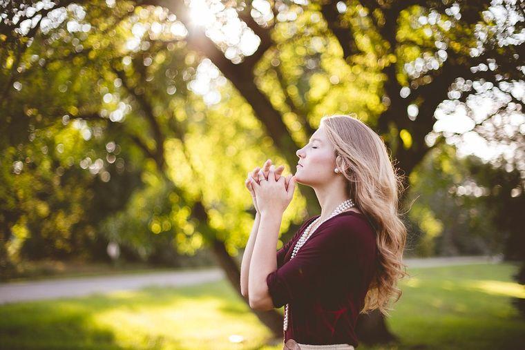 Spune această rugăciune în fiecare zi si viata ta se va schimba la 180 de grade