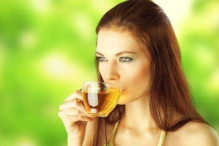 12 beneficii ale ceaiului verde pentru sanatate