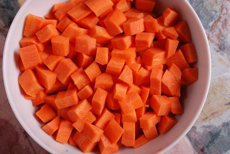 Dieta cu morcovi te scapă de surplus! SLĂBEŞTI 10 kilograme în 7 zile