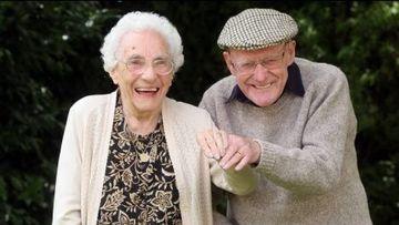 Povestea impresionantă de dragoste a doi bătrânei și secretul relației de cuplu longevive!