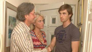 """""""Am acceptat ca soţia mea să facă sex cu un străin, în casa noastră. Ea l-a dus într-o camera de la etaj şi au stat acolo o oră"""""""