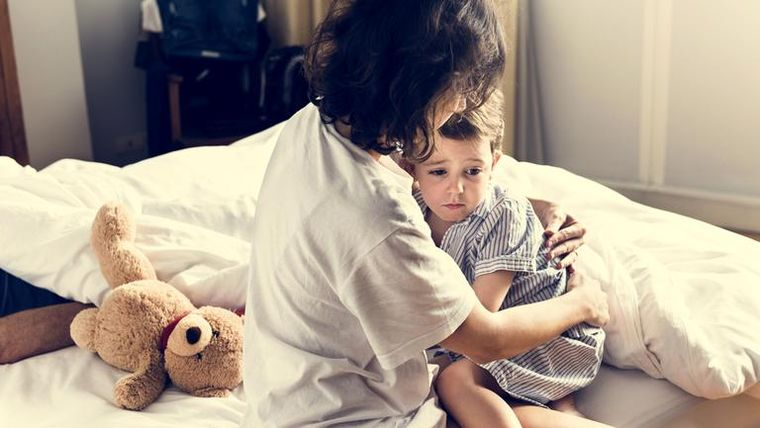Ii este prea frica copilului tau de tine? Iata 10 semne ca sa iti dai seama