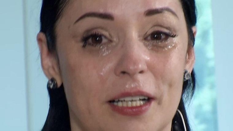 """Andreea Marin a fost la un pas de sinucidere. """"A fost cumplit. Nu mai gândeşti corect şi simţi că vrei să pui capăt acelei suferinţe"""" VIDEO"""