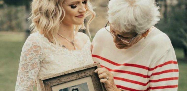 Înșelată de soț, o femeie s-a plâns către bunica ei. Răspunsul bătrânei este incredibil