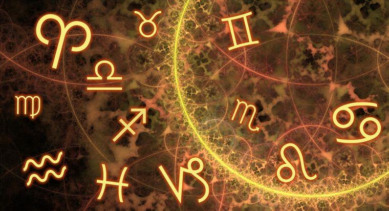 Horoscop weekend 9 - 10 martie. Vărsătorii formează o conexiune puternică