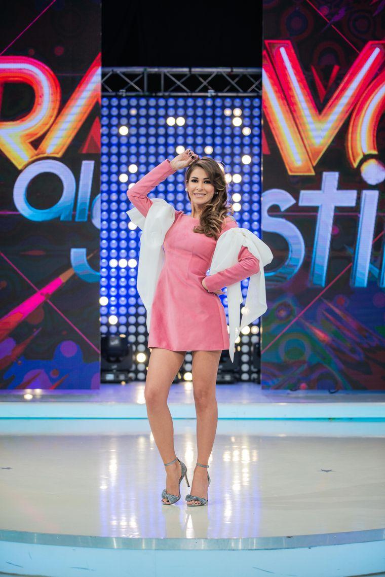 "Cristina Mihaela Dorobantu, în postura de concurenta, la ""Bravo, ai stil!""?"