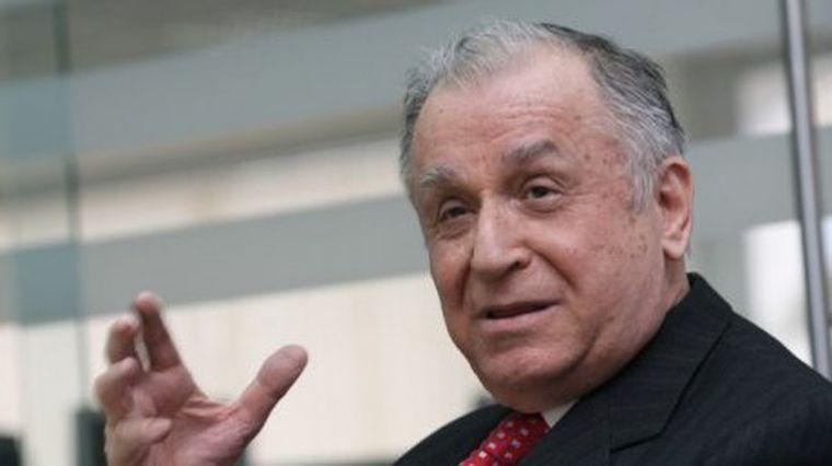 Ion Iliescu a fost externat din spital