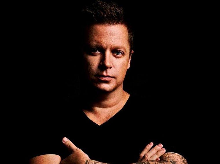 Dj Adam Sky a murit în timpul unei vacanțe în Bali încercând să salveze o femeie