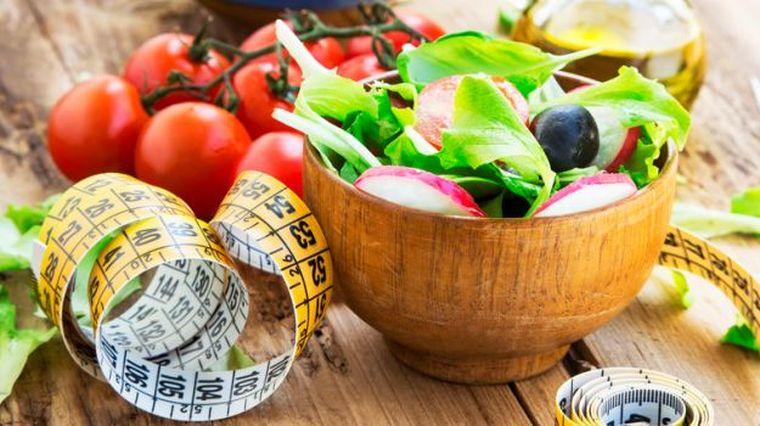 Dieta metabolică de 13 zile te scapă de 10 de kilograme! După ce o termini nu te mai îngraşi