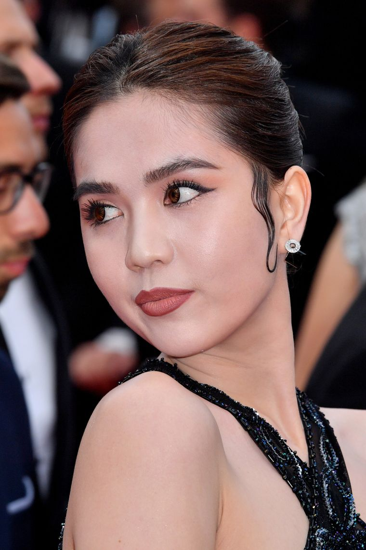 Vedeta care a uimit pe toată lumea la Cannes 2019. A apărut goală pe covorul roşu
