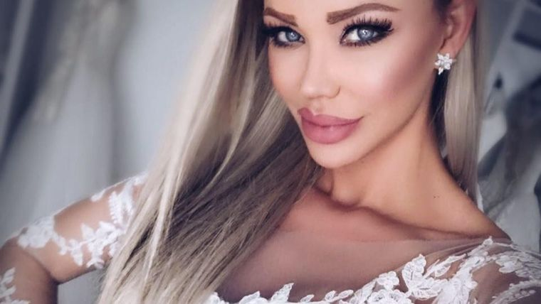 Bianca Drăgușanu, apariție sexy la un eveniment monden! A atras toate privirile când s-a afișat AȘA