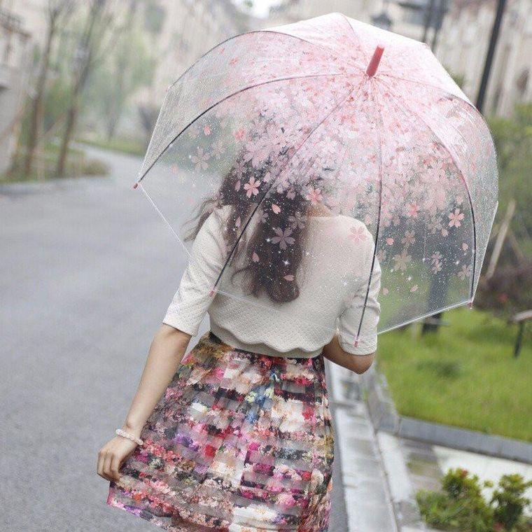 Ploi, descărcări electrice, vijelii şi grindină, până sâmbătă seară