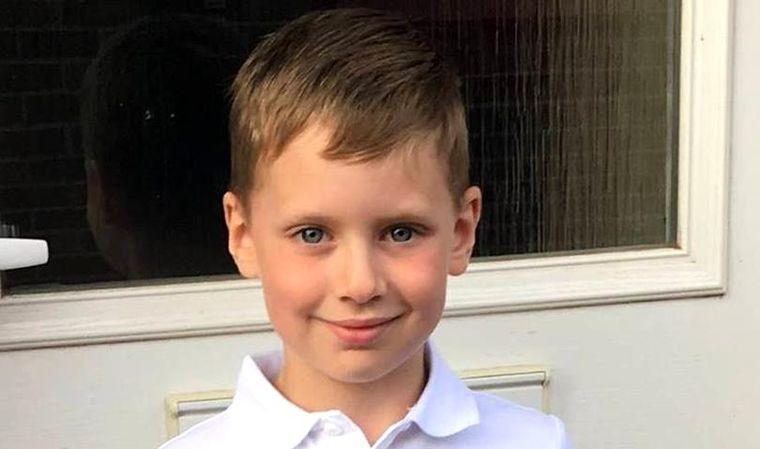 Un copil de 6 ani a murit de meningită la câteva ore după ce medicii au susținut că băiețelul se preface