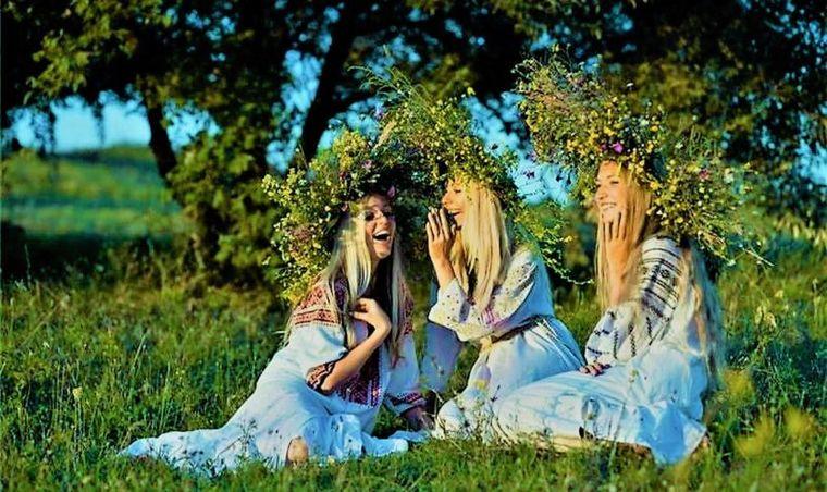 Sărbătoarea Sfântului Duh. Tradiții și superstiții