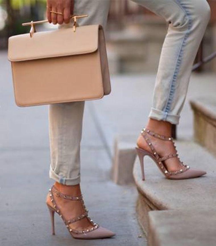 Cum să-ți alegi pantofii în funcție de geantă? 6 reguli ușor de urmat