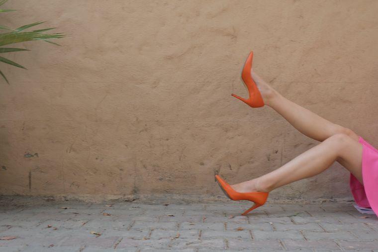 Cum asortezi pantofii la ținutele elegante?