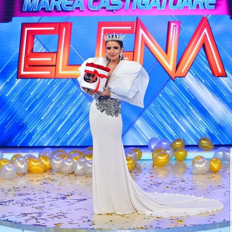 """Elena, câștigătoarea sezonului 5 """"Bravo, ai stil!"""", în lacrimi! I-a fost închis contul! Motivul este surprinzător"""