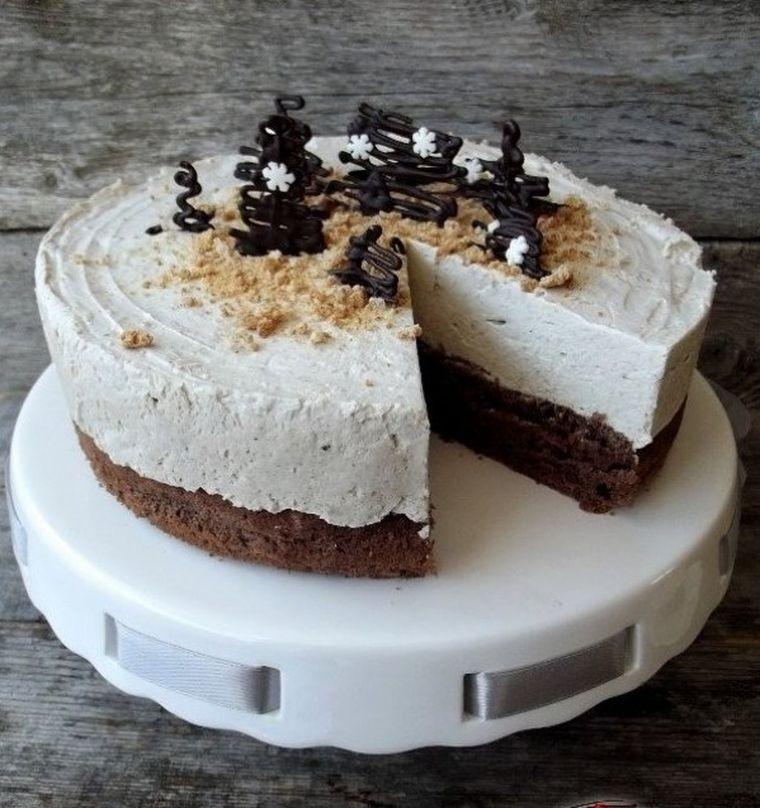 Tort cu mousse de halva! Delicios şi rapid de făcut
