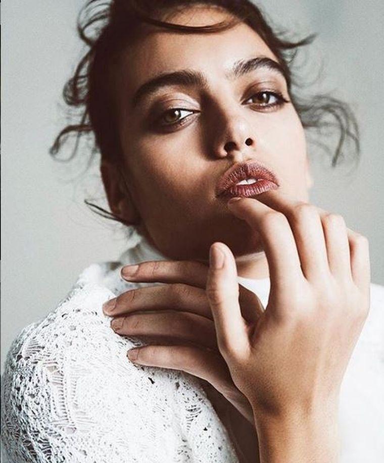 Frumoasa din România care face senzație în modellingul internațional! E din Teleorman și e imaginea Emporio Armani