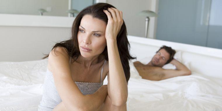 7 lucruri pe care să NU le faci niciodată în pat dacă vrei să ai o relaţie frumoasă! Vezi de ce nu e bine să mimezi orgasmul!