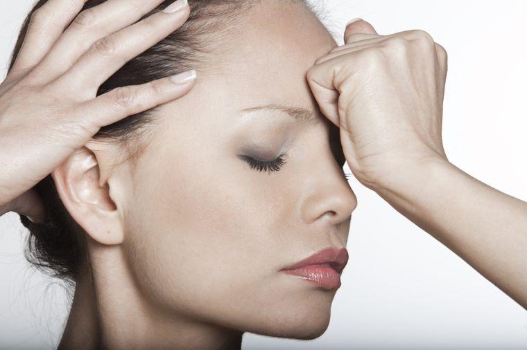 Durerea de cap. Tipuri de durere și ce afecțiuni grave pot ascunde