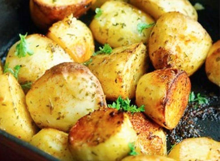 Reţete - cum să faci cei mai buni cartofi la cuptor