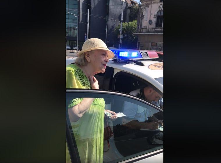 O femeie în vârstă de 81 de ani, amendată dintr-un motiv absurd! Ce a făcut pe trecerea de pietoni