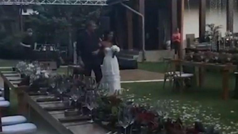 Cătălin Bordea s-a căsătorit cu Livia! Imagini de la eveniment