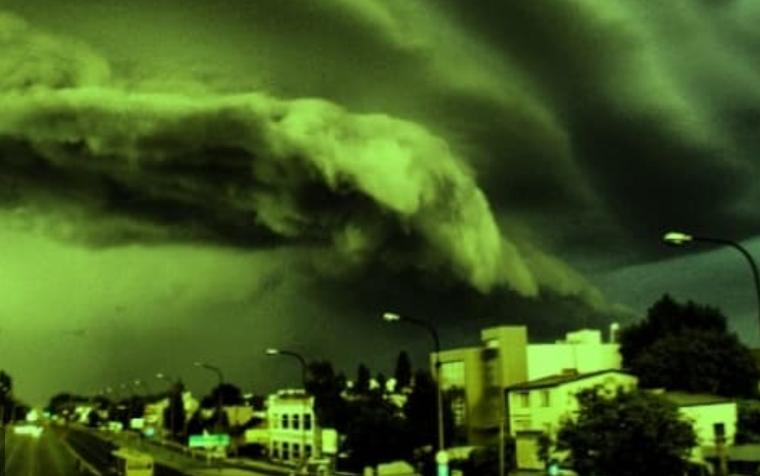 ANUNŢUL autorităţilor despre prezenţa a unui nor radioactiv deasupra României! Se repetă fenomenul Cernobîl?