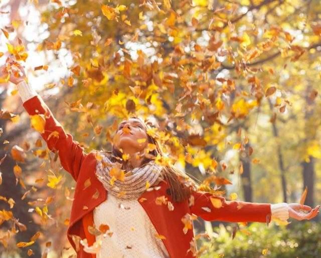 Horoscop joi, 19 septembrie. O zi plină de provocări! Neprevăzul e la el acasă! Lacrimi sau zâmbete? Furtuni violente!