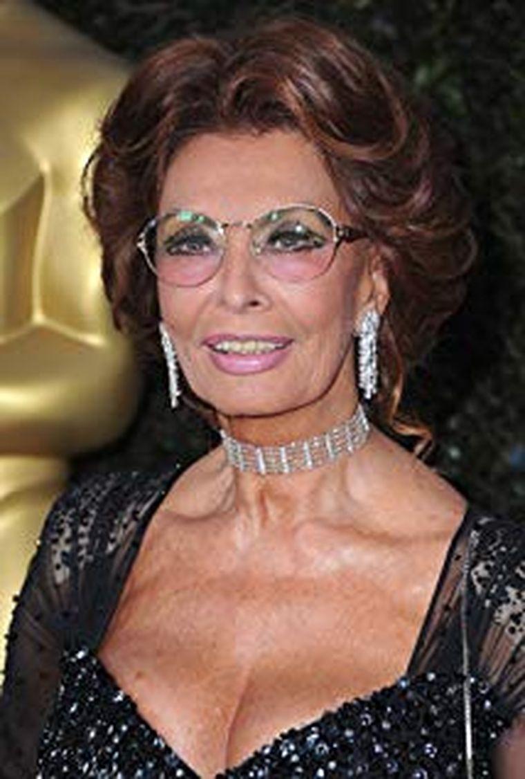 Cum arată Sophia Loren la 85 de ani!