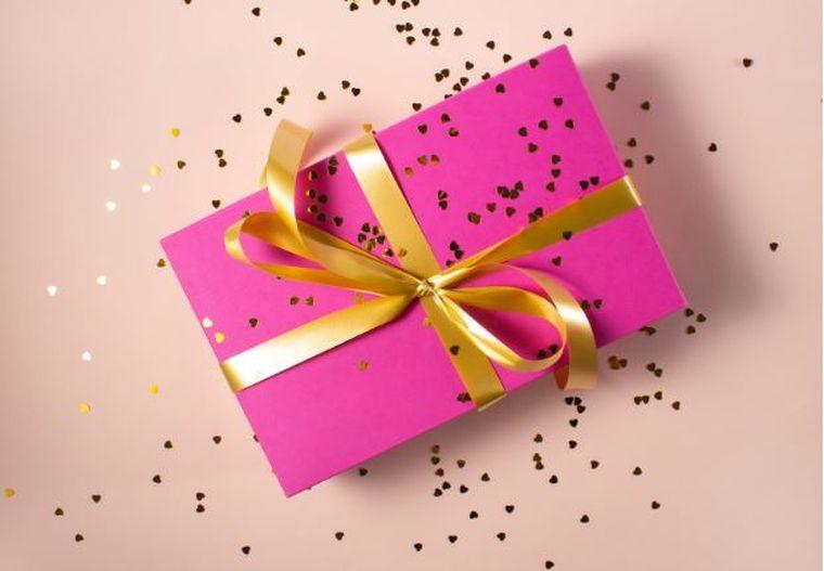 Cum alegi cadoul perfect pentru cea mai bună prietenă?